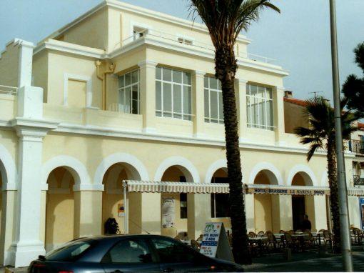 Rénovation à la chaux de la façade d'un hotel classé Monument historique à la Ciotat